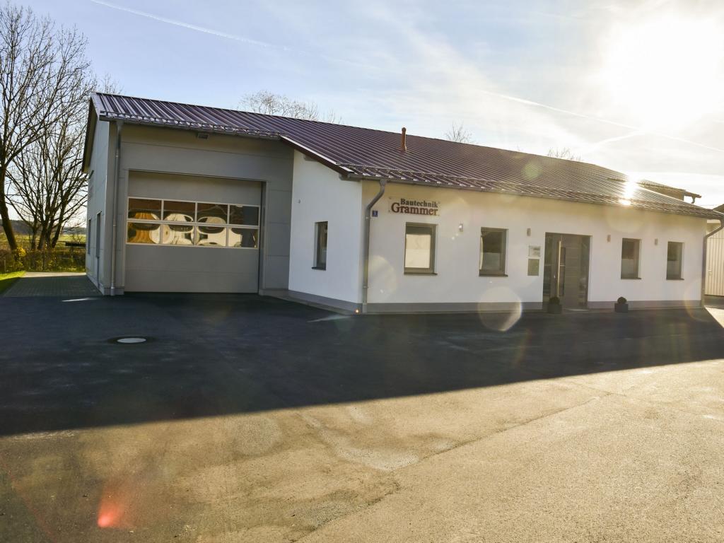 Bautechnik Grammer, Firmensitz in Palling, Landkreis Traunstein